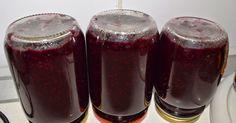 Οι καρποί άγριας τριανταφυλλιάς είναι μία από τις ισχυρότερες πηγές βιταμίνης C. Η περιεκτικότητα τους σε βιταμίνη C ανά 100 γραμμάρια κ...