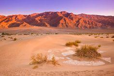 Les dunes de Mesquite dans la Vallée de la Mort