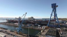 HMS Queen Elizabeth Time-lapse HMS Queen Elizabeth Time-lapse  Published on Jul 4, 2014 Watch HMS Queen Elizabeth take shape