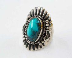 Harry H Begay Navajo Jewelry, Bohemian Jewelry, Indian Jewelry, Jewelry Art, Native American Rings, Native American Design, American Art, Bisbee Turquoise, Turquoise Jewelry