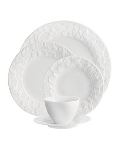5-Piece Forest Leaf Dinnerware Place Setting by Michael Aram