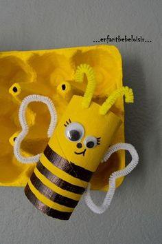 fabriquer une ruche et des abeilles - activités thème Abeilles Daycare Crafts, Bee Crafts, Diy Arts And Crafts, Preschool Crafts, Summer Crafts For Kids, Spring Crafts, Projects For Kids, Diy For Kids, Toddler Art