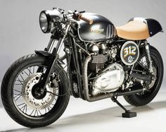 Bonnefication: Analog Motorcycles '07 Triumph Thruxton via The Bike Shed