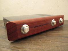 Résultats de recherche d'images pour « wood front panel amplifier »