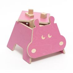 Hipopotamo rosa. Taburete/caja