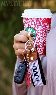 Can't go wrong being on the go with a Monogrammed Seersucker Key Fob! New from Marleylilly!