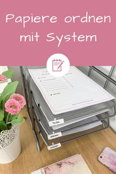 Papiere organisieren: So bringst du System in das Papierchaos Sort papers and documents: Mountains of paper can cause stress. I will show you how you can organize your papers and thus bring the system Diy Organisation, Paper Organization, Christmas Shopping, All Things Christmas, Love Quotes For Boyfriend Romantic, Halloween Scrapbook, Halloween Party Invitations, Diy Desk, Digital Stamps