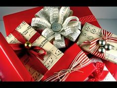 Original Gift Packaging Ideas for Xmas - (Bells and twine) Creative Christmas Gifts, Christmas Gift Wrapping, Creative Gifts, Holiday Gifts, Christmas Time, Christmas Crafts, Creative Gift Wrapping, Wrapping Ideas, Gift Wrapper