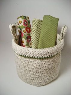 Great free Crochet Basket Pattern -I added a stripe in the middle that matches the trim and buttons at the base of the handles.