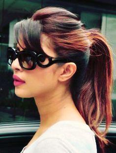 Jav I Priyanka Chopra Indian Bridal Hairstyles, Bun Hairstyles, Bangs Ponytail, Beauty Around The World, Bollywood Saree, Beautiful Bollywood Actress, Love Hair, Priyanka Chopra, Hair Dos