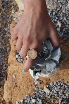 δακτυλίδι με κεραμικό στοιχείο