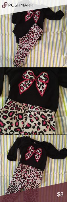 6 months baby girl leopard outfit Size 6 months Super cute !   Smoke and pet free home Matching Sets