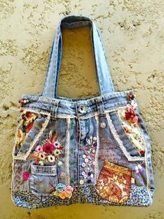 30 ideas sewing projects bags old jeans upcycle Artisanats Denim, Denim Purse, Jean Crafts, Denim Crafts, Diy Jeans, Handmade Handbags, Handmade Bags, Jean Diy, Blue Jean Purses