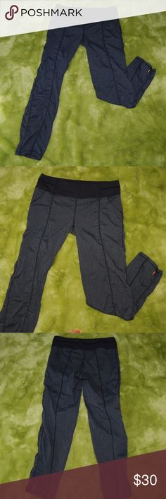 "Lucy Athletic Women's Gray Ruche Athletic Pants M Lucy Athletic Women's Gray Ruche Athletic Pants Medium Stretchy elastic waist Two pockets Small hidden waist pocket  Measurements taken with garment flat on table. Length: 37.5"" Waist: 14.5"" unstretched Lucy Pants Track Pants & Joggers"