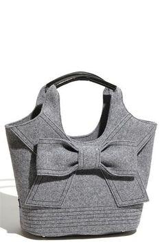 Sewing Backpack Pattern Diy Fabrics Ideas For 2019 Handmade Skirts, Handmade Bags, Handmade Leather, Vintage Leather, Sac Granny Square, Backpack Pattern, Craft Bags, Large Shoulder Bags, Denim Bag