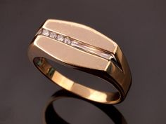 Mens Diamond Ring in 9k Gold with White Gold by BelmontandBellamy
