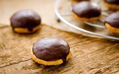 10 recettes de biscuits pour le goûter 😍🍪  #cookies #palmiers #languesdechats #biscuits #boudoirs #gâteaux Palmiers, Courses, Biscuits, Blog, Lenses, Recipes, Crack Crackers, Cookies, Biscuit