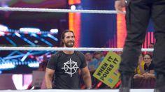 Roman Reigns fordert Seth Rollins auf, kein Feigling zu sein: Fotos