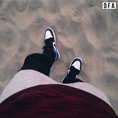 """@patdiaz21 Flexing in the sand  #outfitfromabove"""