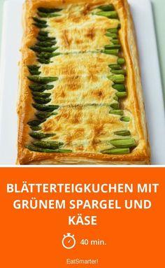 Blätterteigkuchen mit grünem Spargel und Käse überbacken!