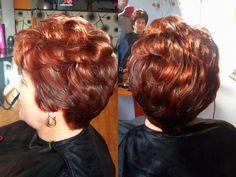 Hairstyle Look, Curled Hairstyles, Perm, Short Haircuts, Bobs, Red Hair, Hair Ideas, Pixie, Curls
