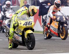 Valentino Rossi on the grid during his debut 2000 500cc season.