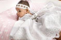 Design By Nikos Βαπτιστικά www.gamosorganosi.gr Girls Dresses, Flower Girl Dresses, Wedding Dresses, Design, Fashion, Dresses Of Girls, Bride Dresses, Moda, Bridal Gowns