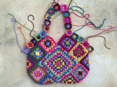 Crochetbug, crochet squares, crochet purse, granny square purse, bolso, crochetbug, granny square bag, fabric lined crochet purse, crochet bag, multicolor crochet