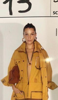 Runway Fashion, Fashion Models, High Fashion, Fashion Outfits, 90s Fashion, Kendalll Jenner, Isabella Hadid, Bella Hadid Style, Modelos Fashion