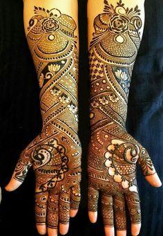 Love Story Henna - The Trending New Bridal Mehndi design Idea you'll LOVE! Dulhan Mehndi Designs, Arabic Bridal Mehndi Designs, Peacock Mehndi Designs, Mehndi Designs Book, Mehndi Designs For Girls, Mehndi Design Pictures, Unique Mehndi Designs, Full Hand Mehndi Designs, Henna Mehndi