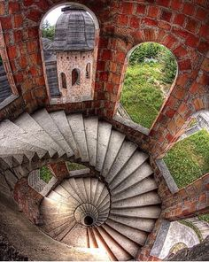 """The spiral staircase in """"The House, in Winter"""" (Spiral stairs inside the abandoned Łapalice Castle Poland Abandoned Castles, Abandoned Mansions, Abandoned Buildings, Abandoned Places, Beautiful Architecture, Beautiful Buildings, Stairs Architecture, Beautiful World, Beautiful Places"""
