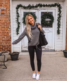 Lovely Fall Outfits Ideas To Wear With Converse 2019 windsor, maddy euphoria outfits. Lovely Fall Outfits Ideas To Wear With Converse 2019 windsor, maddy euphoria outfits. Beauty And Fashion, Look Fashion, Autumn Fashion, Fashion Outfits, 50 Fashion, Fashion Hair, Fashion Clothes, Fashion Boots, Cute Fall Outfits