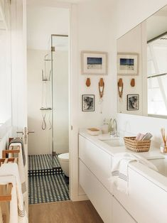 Charming Bohemian Home Interior Design Ideas Romantic Home Decor, Classic Home Decor, Retro Home Decor, Cheap Beach Decor, Cheap Home Decor, Luxury Homes Interior, Home Interior, Interior Ideas, Interior Simple