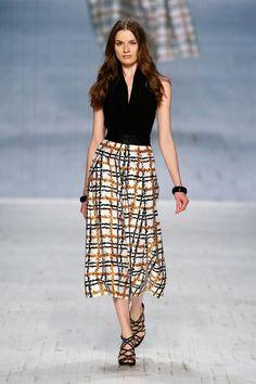 ASANDRI İlkbahar-Yaz 2014 Koleksiyonu-4 Fashion Days, Womens Fashion, Fashion Trends, Spring Summer, Summer 2014, Summer Wardrobe, Summer Collection, Wardrobe Staples, Midi Skirt