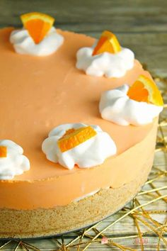 This No-Bake Orange Creamsicle Cheesecake is a nostalgic bite of bright orange and creamy vanilla, reminiscent of those long-gone summer days of your childhood. No-Bake Orange Creamsicle Cheesecake --- PIN THIS RECIPE --- As much Orange Cheesecake Recipes, Cheesecake Cake, Pumpkin Cheesecake, Pumpkin Cupcakes, Orange Creamsicle, No Bake Desserts, Dessert Recipes, Orange Dessert, Almond Cakes