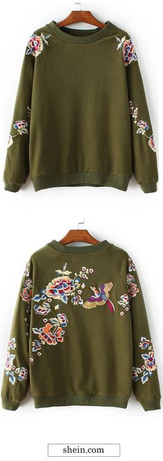 Floral embroidery crew neck sweatshirt COLLECT.