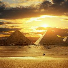 sunsets and pyramids :)