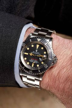 Ask a Specialist: Vintage vs. Mens Fashion Suits, Mens Suits, Men's Fashion, Cool Watches, Rolex Watches, Watches For Men, Men Watch, Rolex Submariner, Vintage Watches
