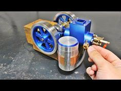 Chinese Hit & Miss Gas Model Engine Model Engine Kits, Electric Bike Kits, Stirling Engine, Combustion Engine, Stem Science, Metal Projects, Steam Engine, Diesel Engine, Metal Working