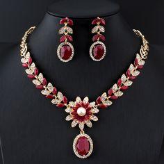 R  23.9 20% de desconto Jiayijiaduo Índia conjuntos De jóias de Noiva para  as mulheres fashion faux pérola Colar brincos set Ouro cor Do Casamento ... 566255542d
