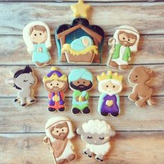 I adore how this Nativity set came out, Christmas, Advent cookies Fancy Cookies, Iced Cookies, Cute Cookies, Royal Icing Cookies, Cookies Et Biscuits, Christmas Nativity, Noel Christmas, Christmas Goodies, Christmas Treats
