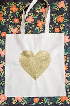Sarah Hearts - DIY Gold Glitter Heart Tote Bag