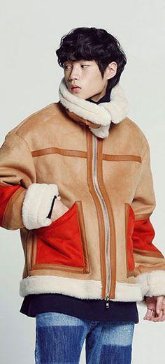 오렌지 컬러블럭 무톤자켓, 하이넥으로 따뜻하고 멋스럽게! Model: 186cm / L size