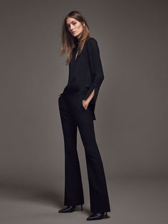 I 2016 WOMEN´s LIMITED EDITION FLOWING TROUSERS at Massimo Dutti for 79.95. Effortless elegance!