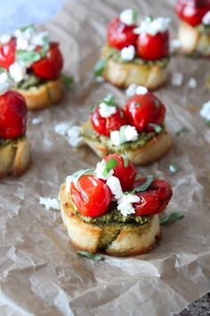 Canapes Recipes, Best Appetizer Recipes, Tapas Recipes, Chef Recipes, Healthy Recipes, Bite Size Appetizers, Appetizers For Party, Bruschetta, Pesto