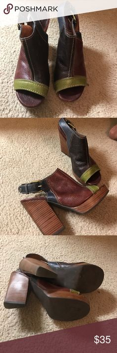 Lucky brand sandals Lucky brand of blue green brown and burgundy sandals gently used Lucky Brand Shoes Sandals
