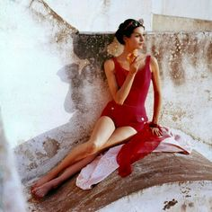vintage everyday: Beautiful Fahion Shots for Harper's Bazaar and Vogue in the 1950s and 1960s