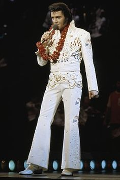 """Elvis: """"Aloha from Hawaii"""" was said to have been his best performance of his career."""