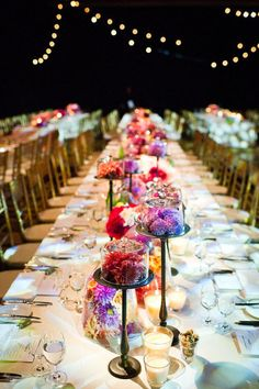 I love these long tables; very Ruskie Stol