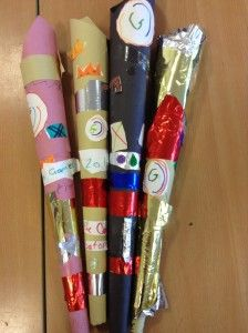Glasgow 2014 Commonwealth Games Queen's Baton art. Games For Kids, Activities For Kids, Crafts For Kids, Arts And Crafts, Commonwealth Games 2018, Minion Theme, School Games, School Craft, Holiday Club